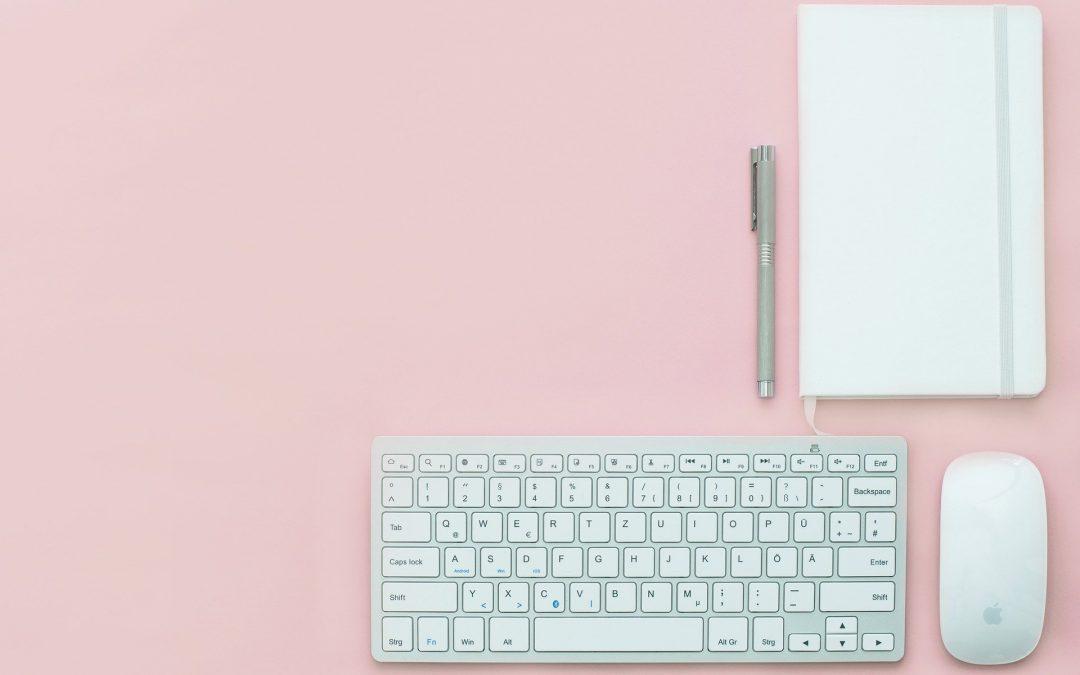 Comment aménager un espace de travail ergonomique à la maison